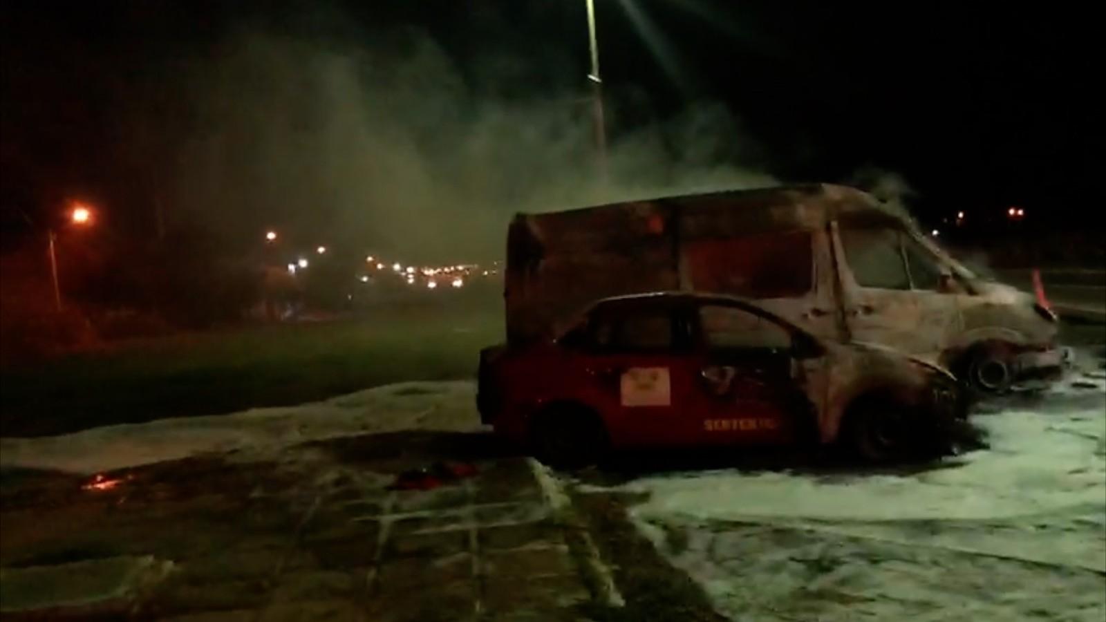 Duas ambulâncias do Corpo de Bombeiros são incendiadas no RN