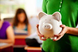 Educação financeira agora é obrigatória nas escolas