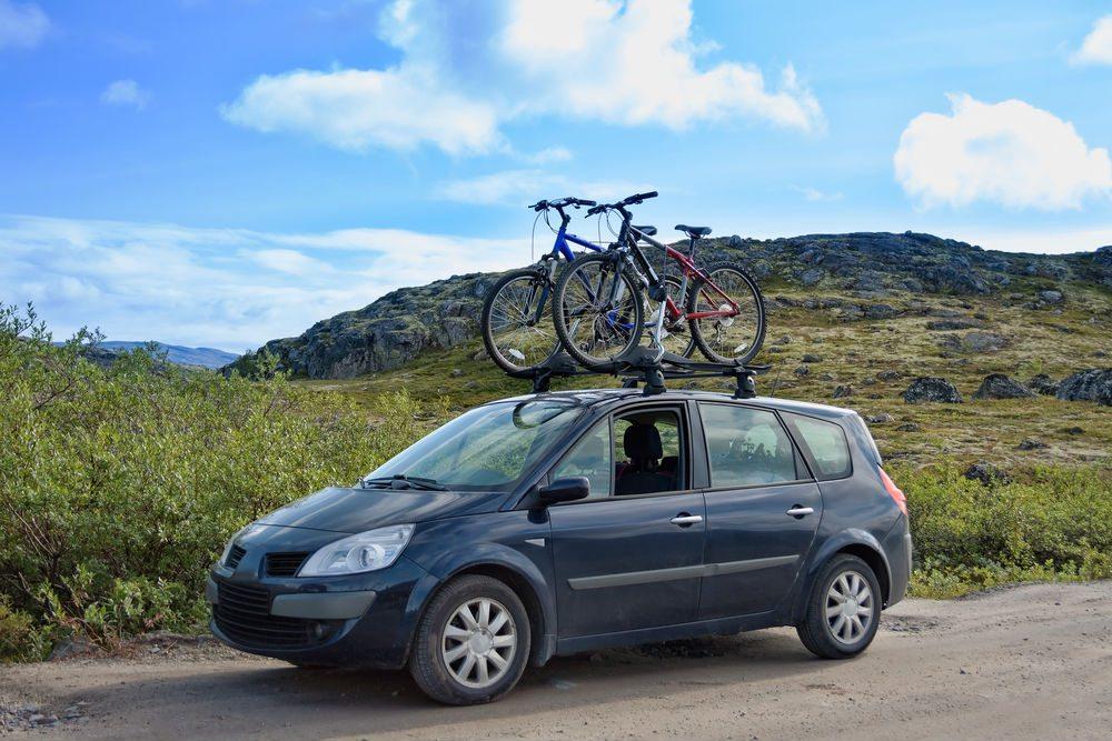 Transportar bikes no carro – o que pode e o que não pode?