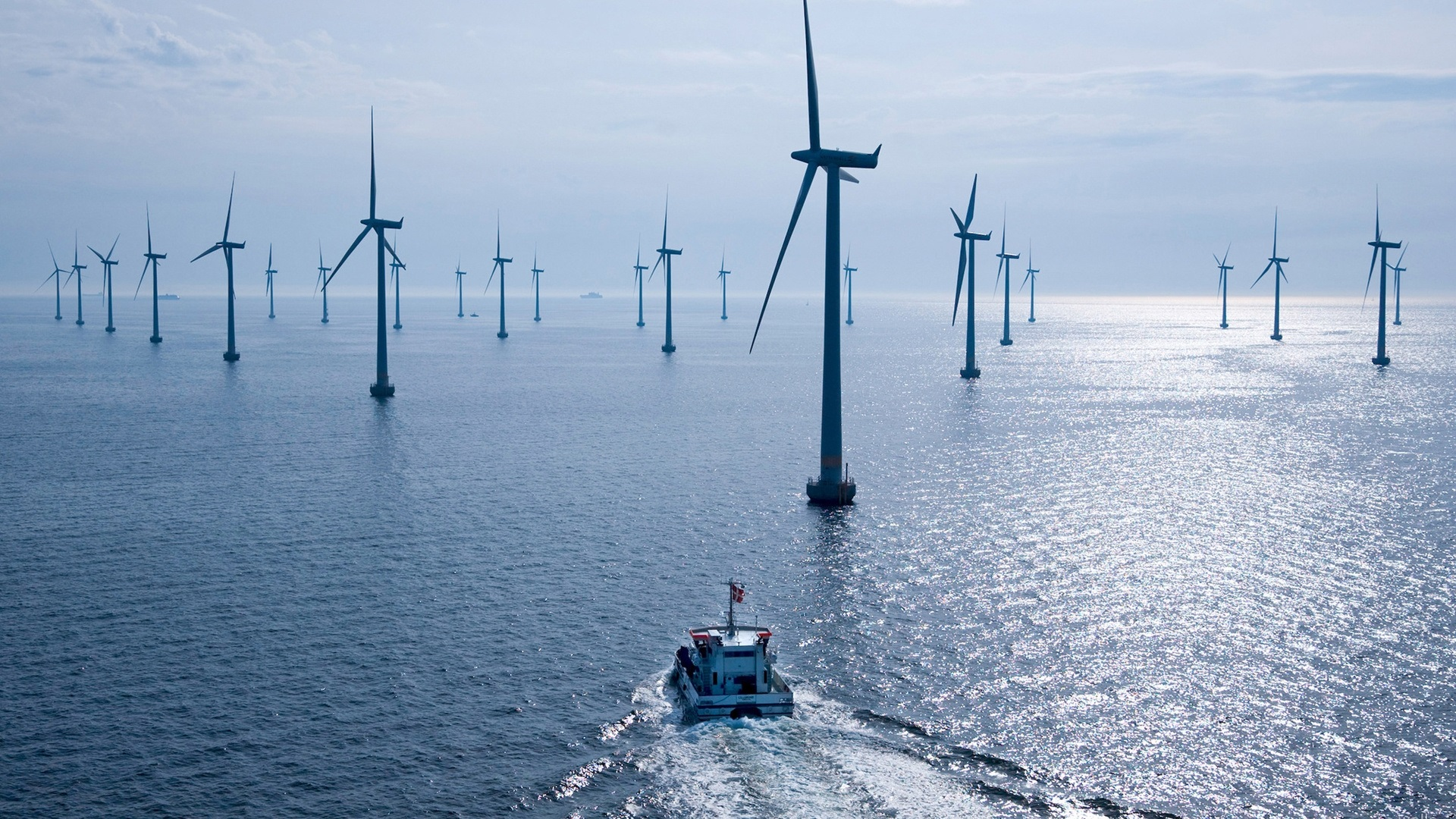 De forma inédita, Petrobras vai gerar energia eólica no mar do RN