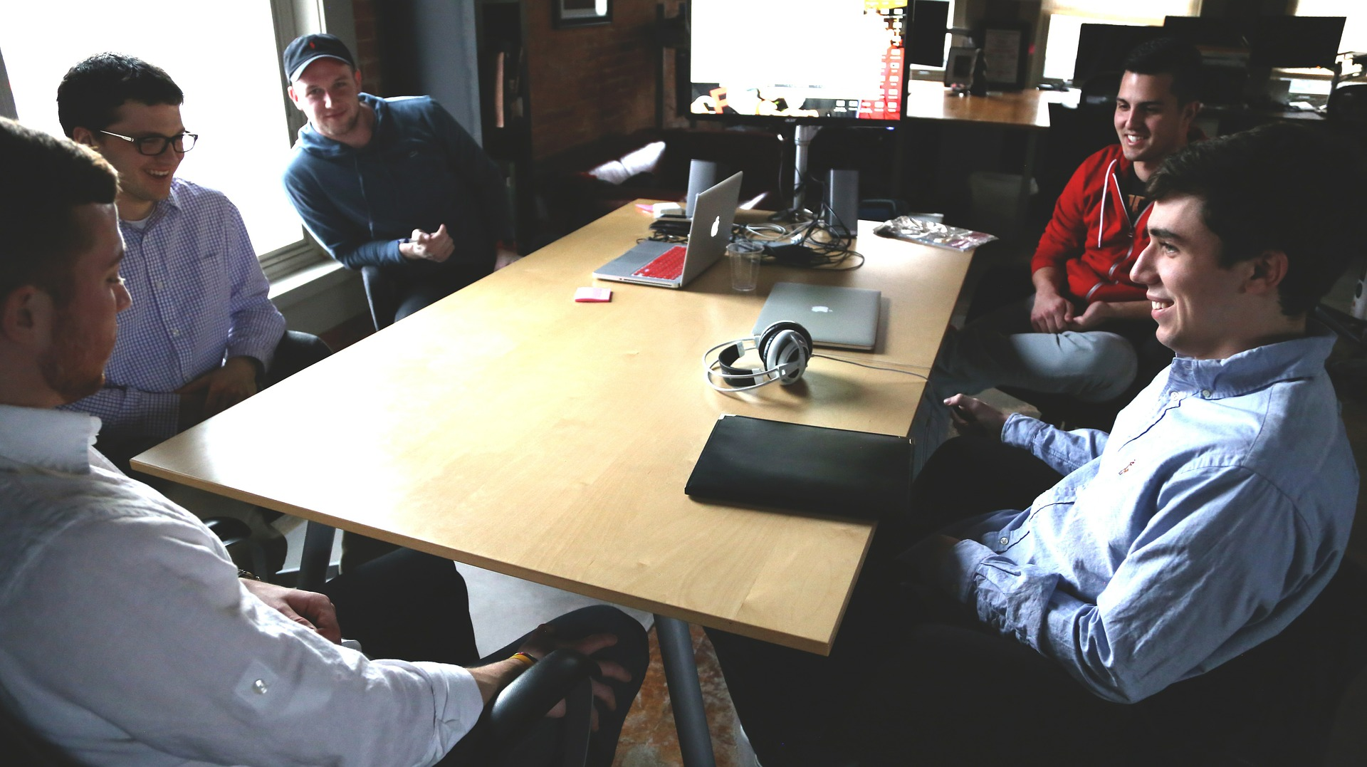Linkedin: plataforma conecta profissionais a empresas