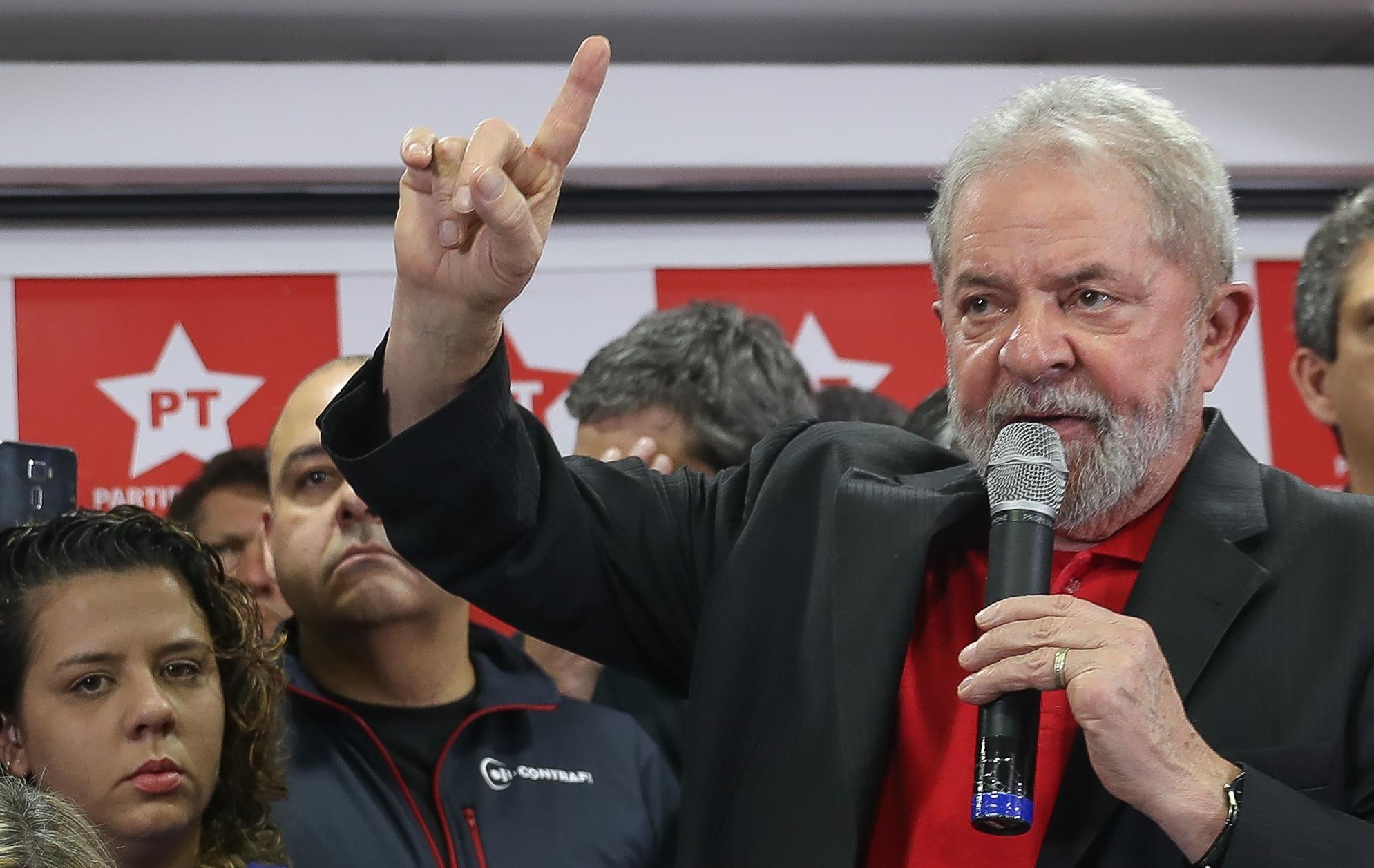 Defesa recorre novamente para manter Lula candidato do PT