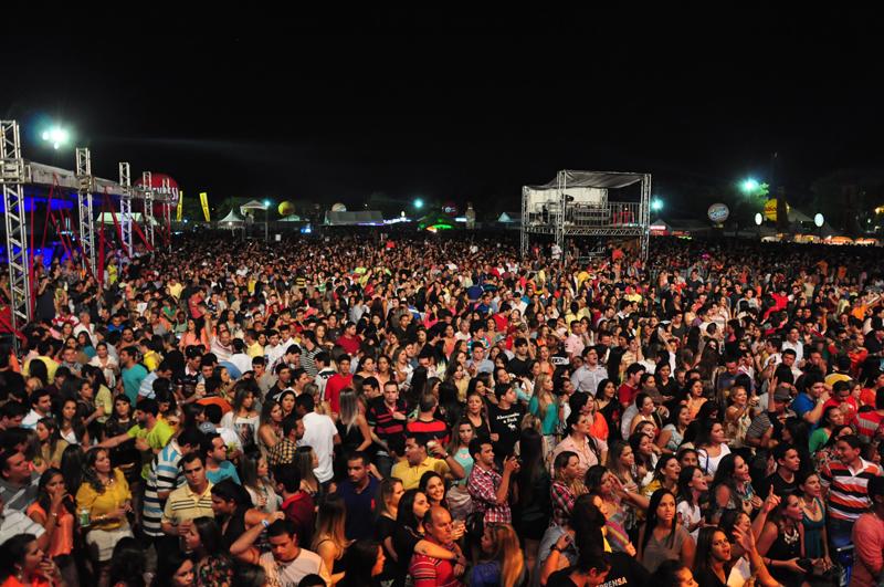 Organização confirma atrações da Festa do Boi 2018