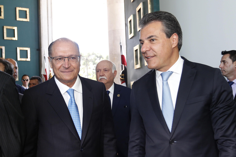 Polícia prende Beto Richa, ex-governador do Paraná e candidato ao Senado pelo PSDB