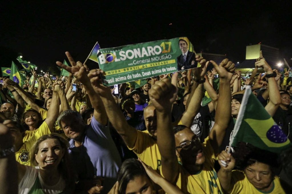 Bolsonaro recebe segunda maior votação da história do Brasil atrás apenas de Lula