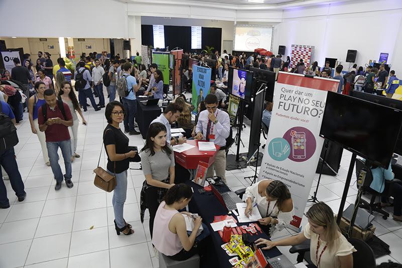 Feira de Empregabilidade traz oportunidades de empresas parceiras