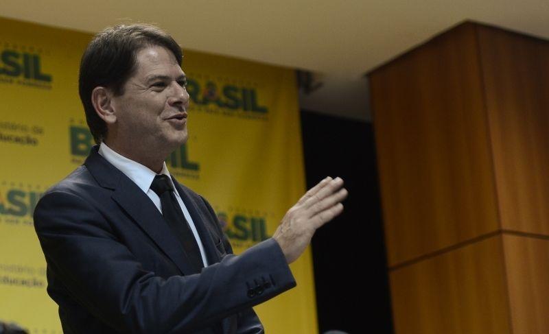 Em evento pró-Haddad, irmão de Ciro Gomes culpa PT por 'criar' Bolsonaro