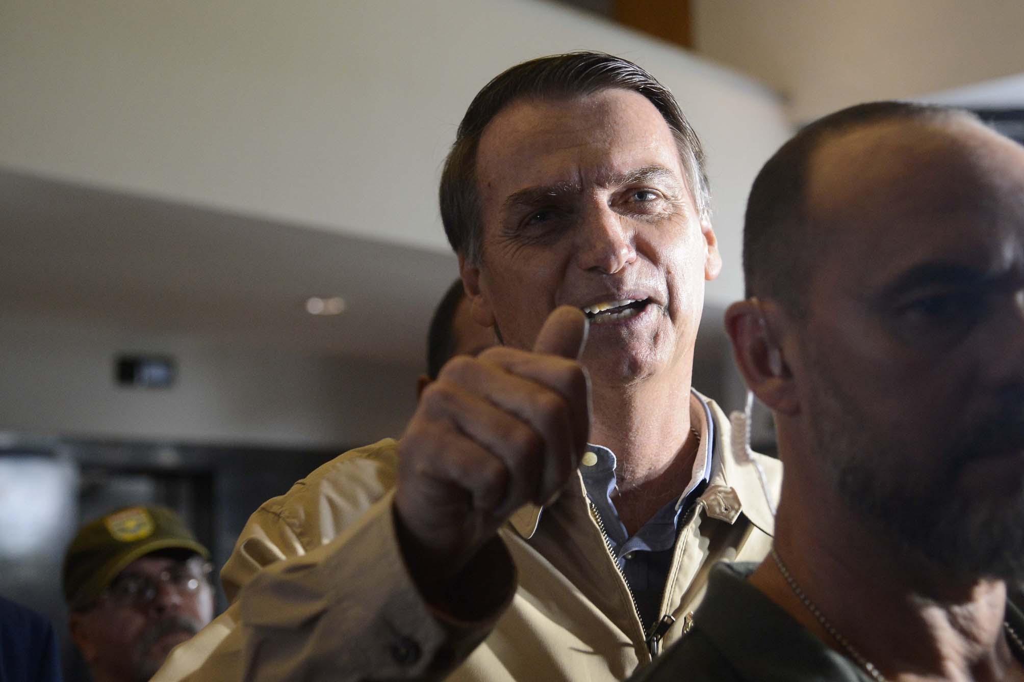 Médico libera Bolsonaro para debates: 'Depende dele'