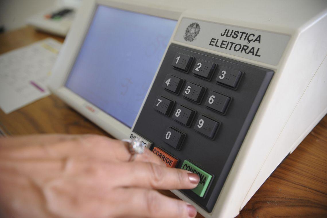 qual é a ordem de votação na urna eletrônica