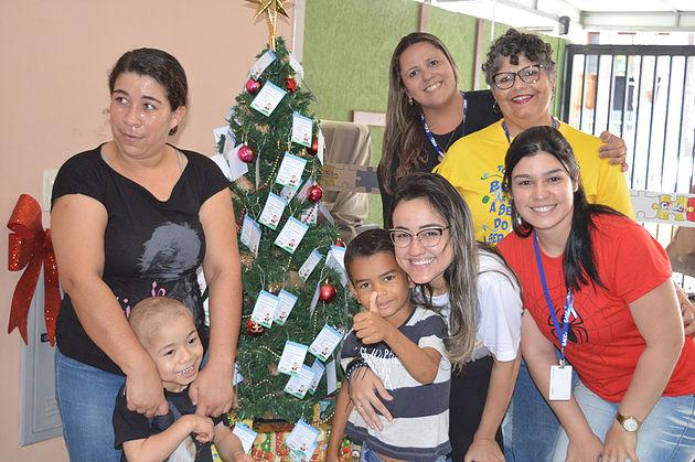 Campanha arrecada presentes para o Natal das crianças do GACC-RN