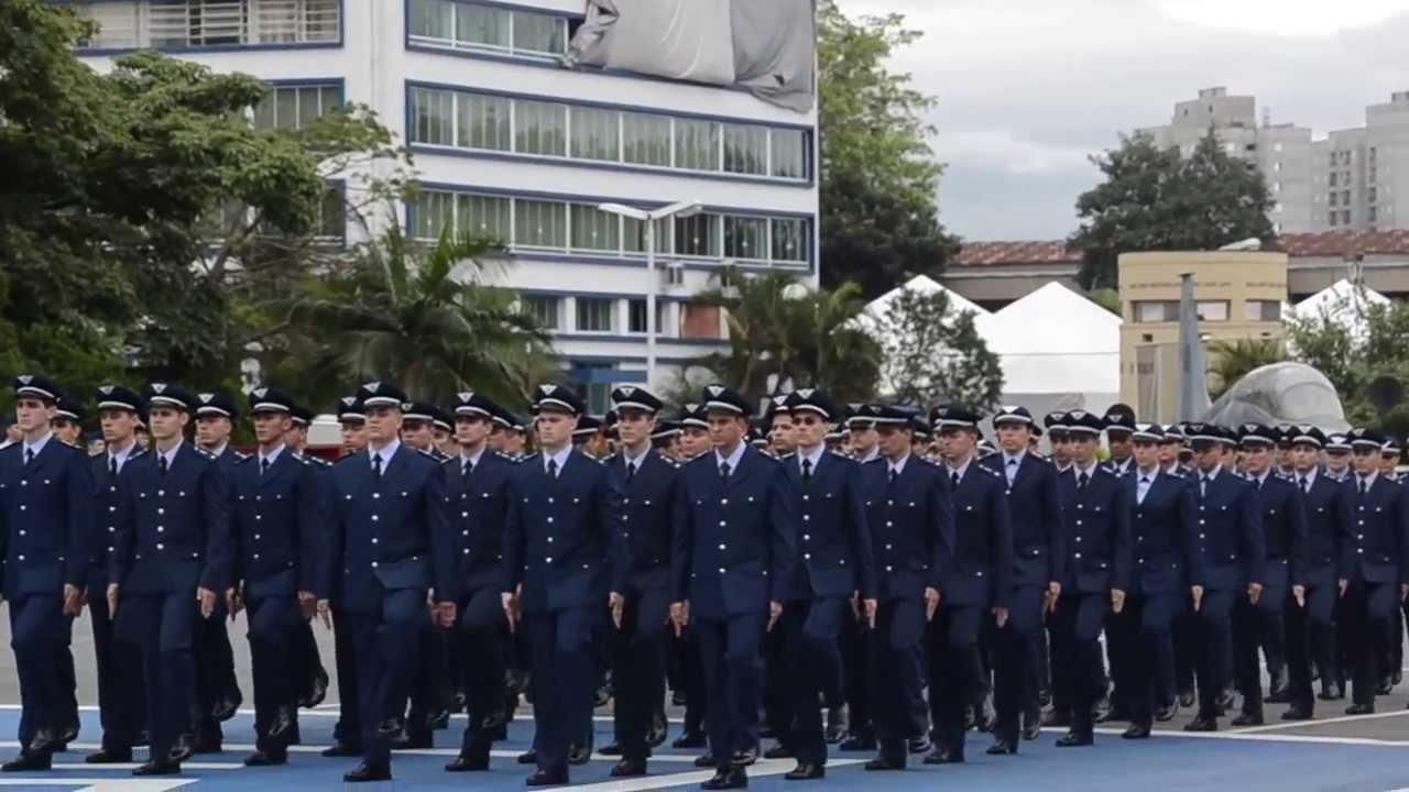 Inscrições para oficial temporário da Aeronáutica começam nesta segunda (19)