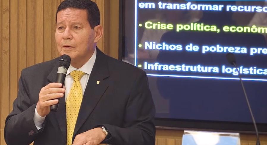 Mourão vai assumir Presidência nas primeiras semanas do governo Bolsonaro