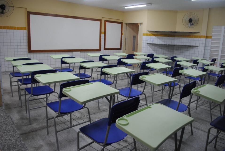 Fátima diz que publicará novo decreto sobre suspensão de aulas no RN
