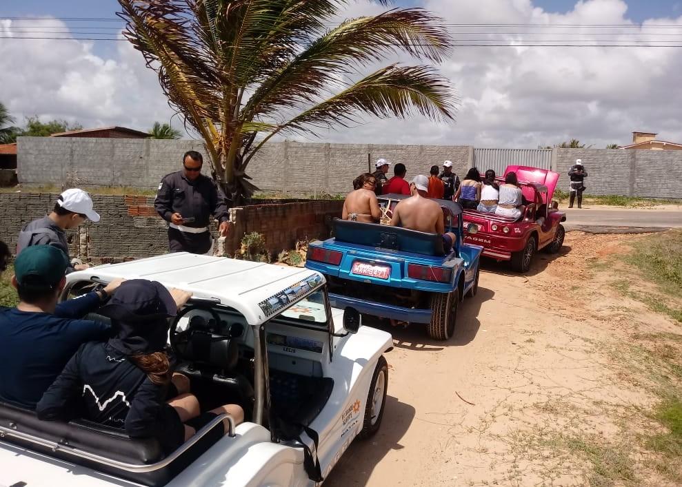 Detran fiscaliza tráfego em praias do litoral Norte do RN