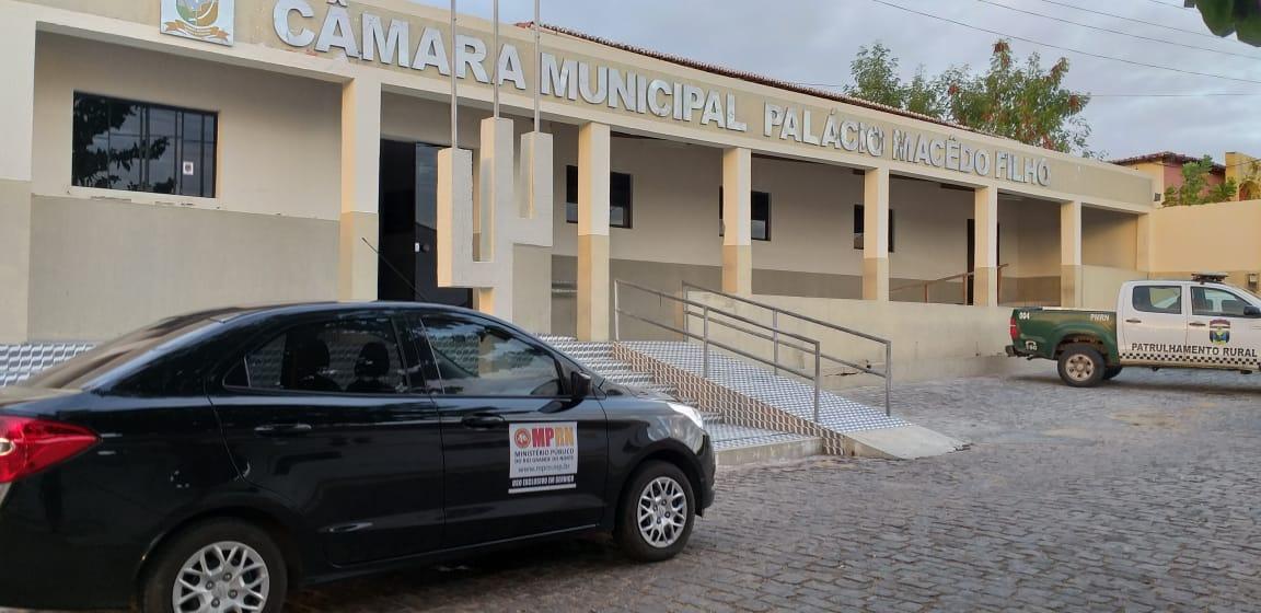 Operação do MPRN combate fraudes na Câmara de Santana do Matos; vereador é afastado