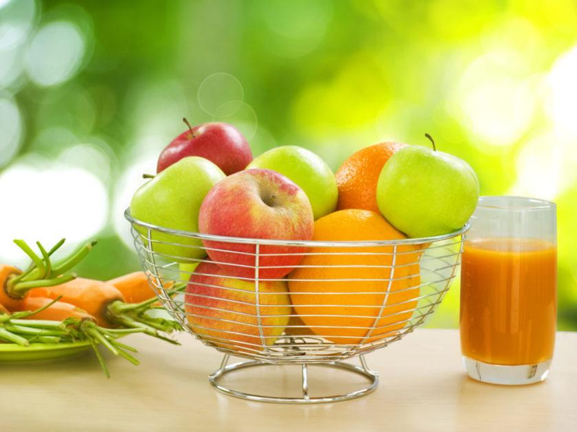Quais os cuidados que devemos ter na alimentação com a chegada do verão?