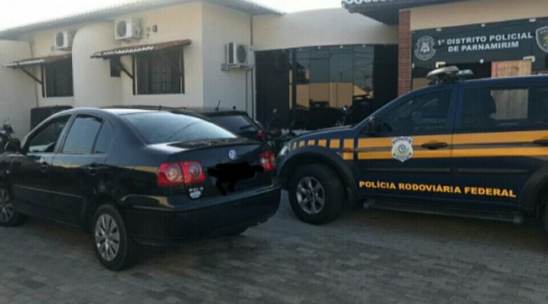 Veículo roubado em Maceió é recuperado na BR 101 em Parnamirim