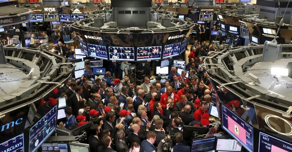 Bolsa de Nova York opera em alta após pior Natal da história