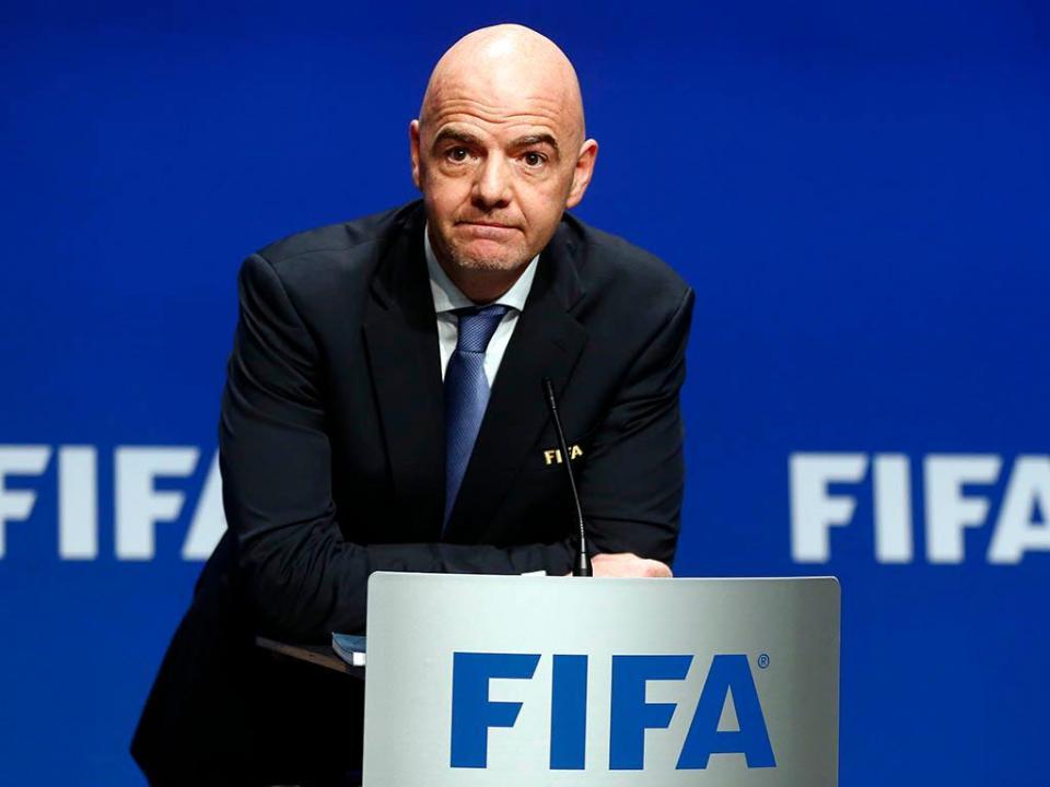 Presidente da Fifa pede 'ações concretas' contra racismo
