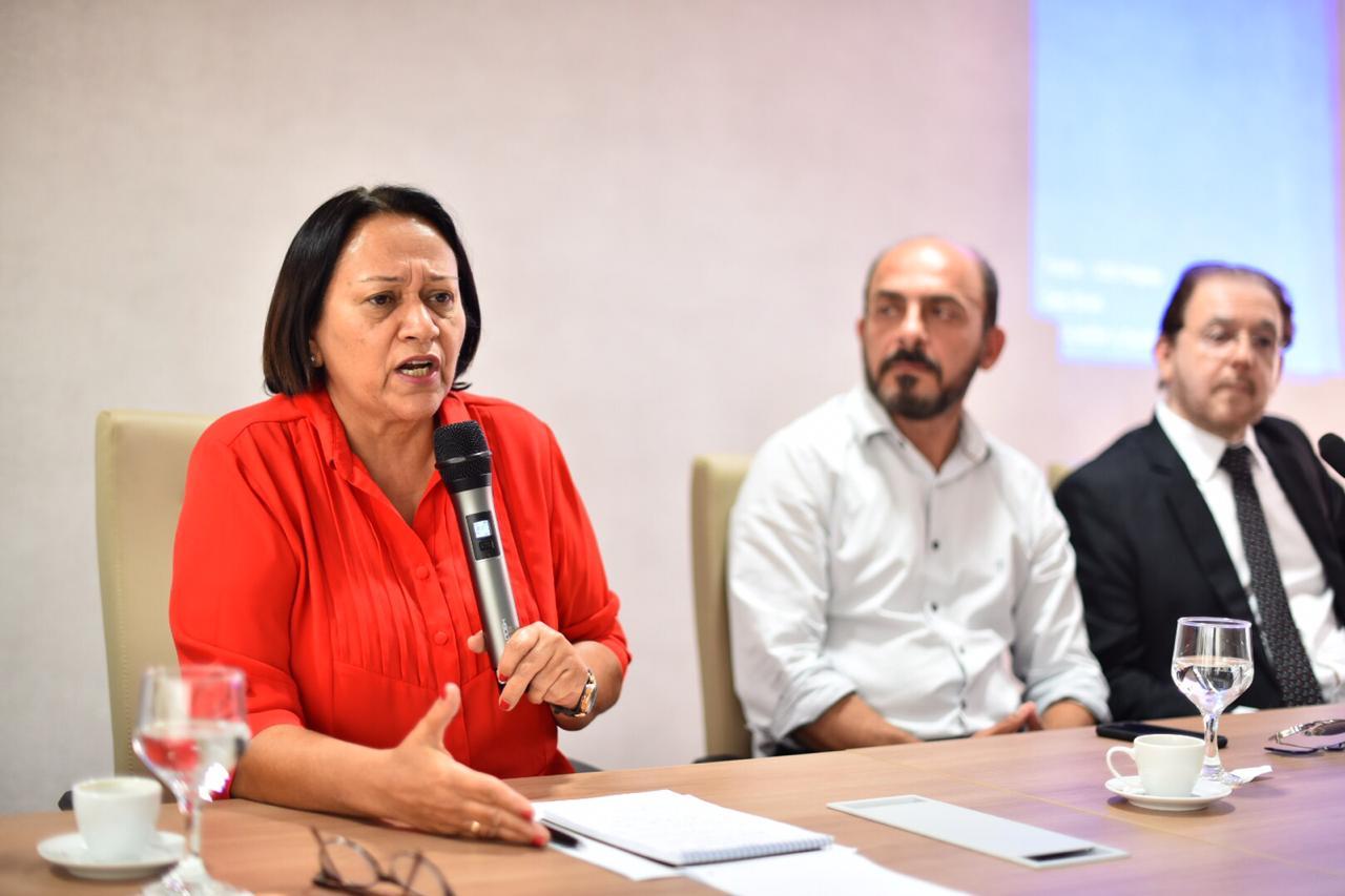 Fátima Bezerra anuncia pagamento das folhas de janeiro e fevereiro