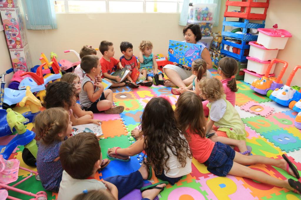 Maioria dos professores da Educação Infantil tem problemas de audição, diz pesquisa