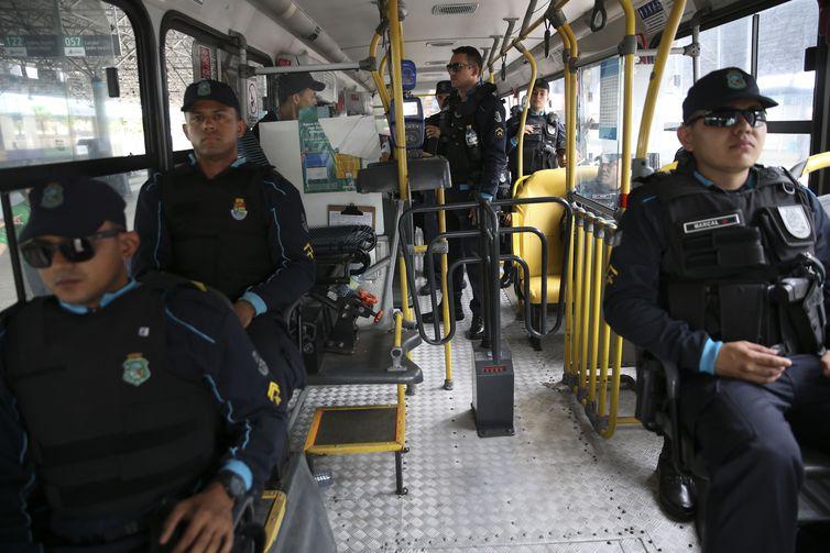 Mais 15 detentos são transferidos do Ceará para Mossoró