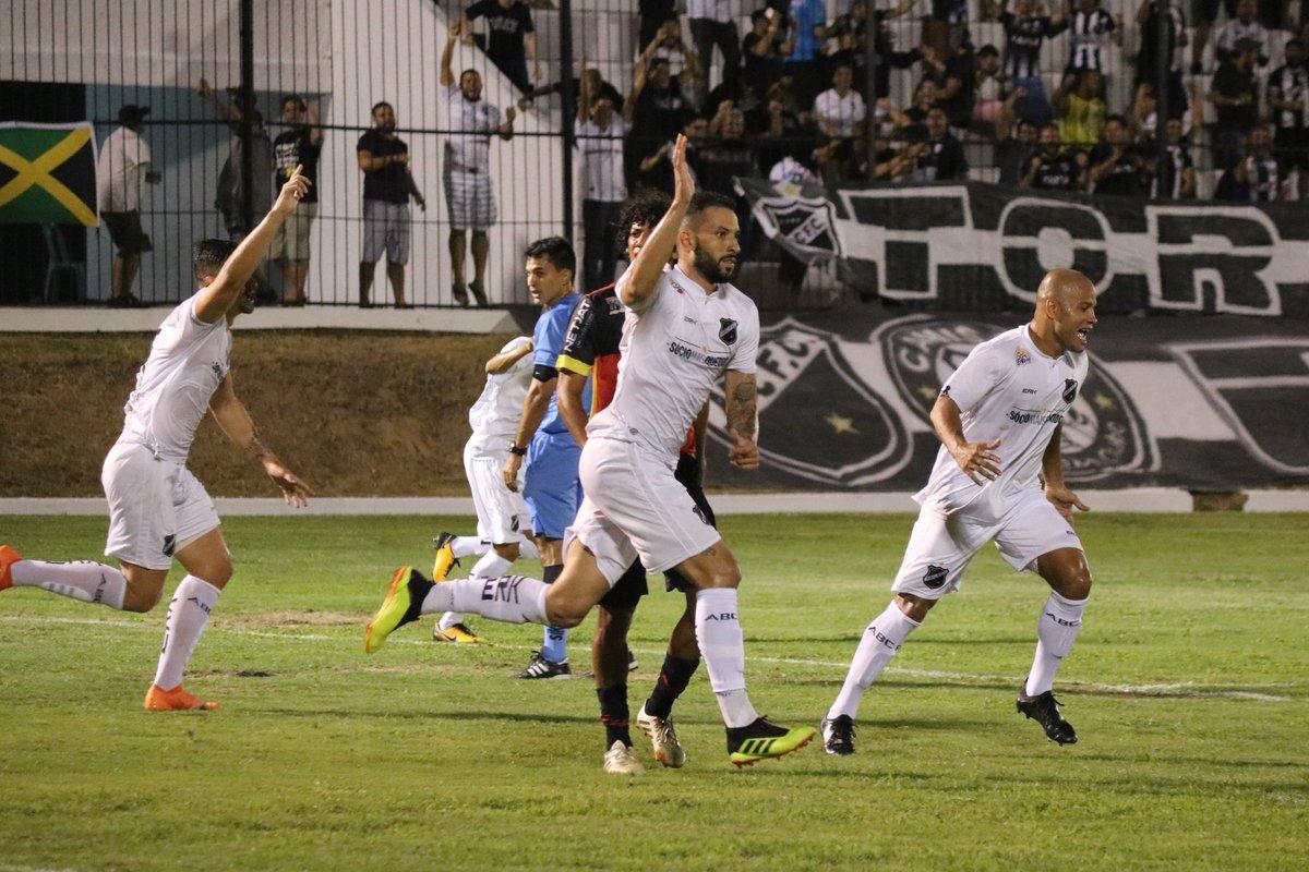 ABC vence o Globo por 1 a 0 em estreia no Campeonato Potiguar
