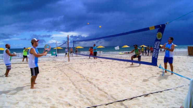 Fim de semana com beach soccer, fisiculturismo e várias atrações em Pirangi