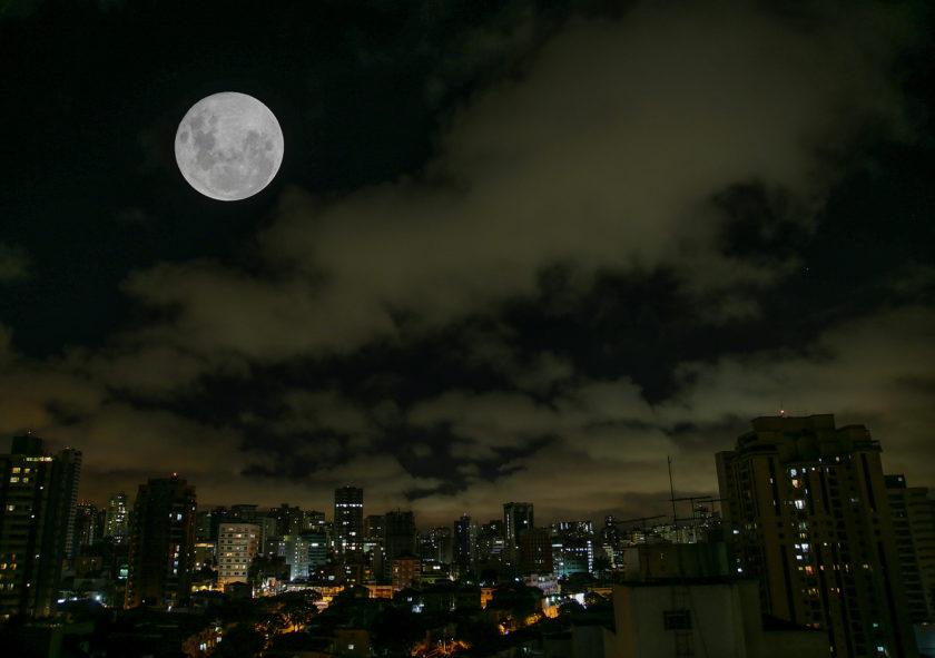 Maior 'Superlua' de 2019 iluminará o céu neste mês