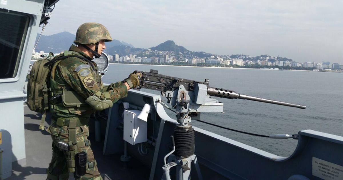 Marinha abre concurso com 960 vagas para Fuzileiro Naval