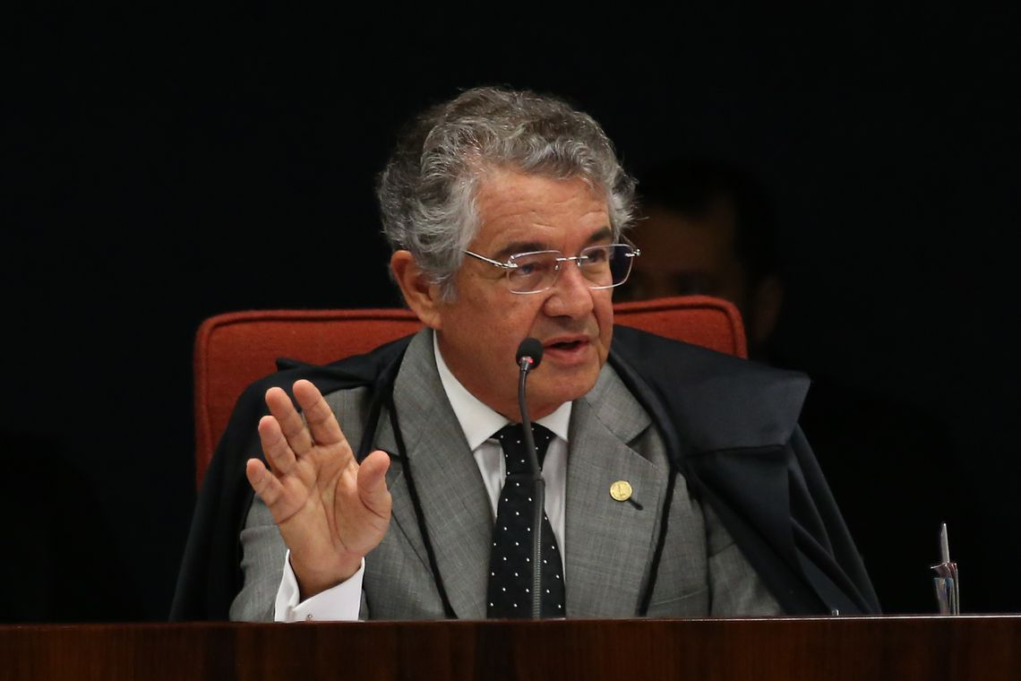 Ministro nega pedido de Flávio Bolsonaro para suspender investigações sobre Queiroz