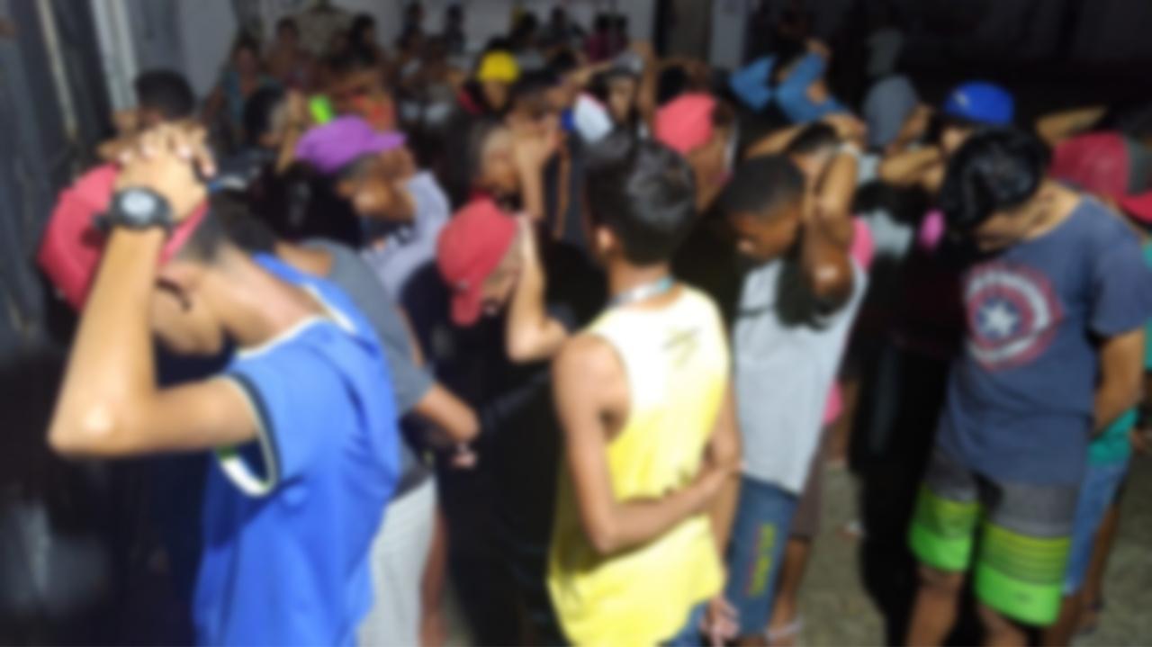 Guarda Municipal apreende arma de fogo e paredão de som em festas na zona Oeste