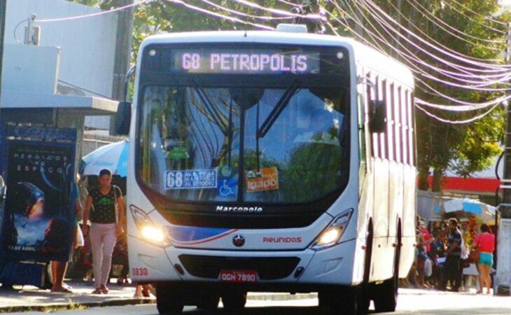 """Justiça suspende cobrança de """"tarifa diferenciada"""" no transporte público de Natal"""