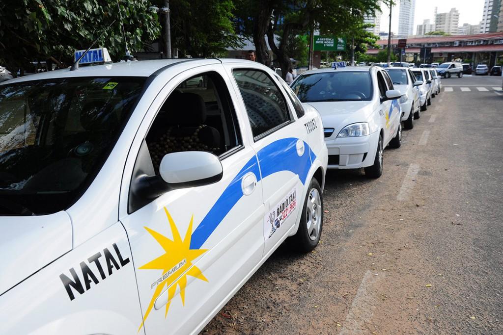 Permissionários de táxi passarão por recadastramento obrigatório em Natal