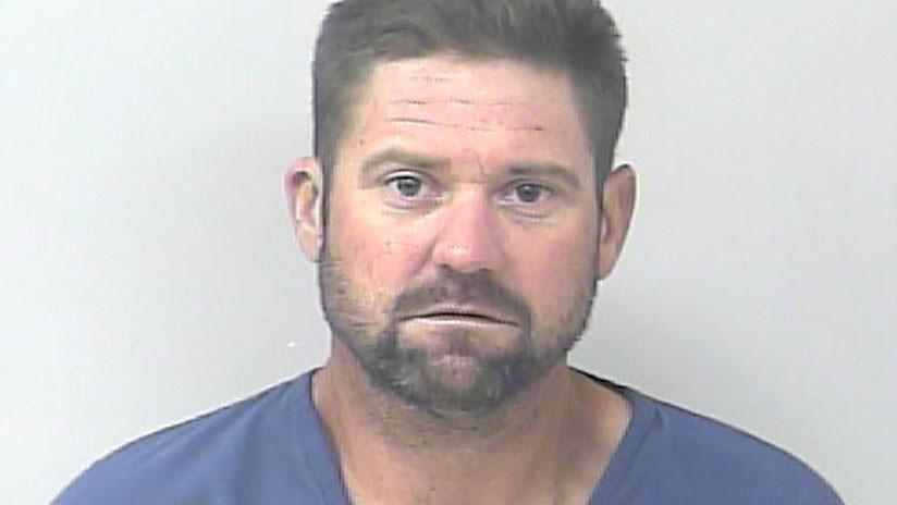 Homem é preso tentando roubar carro no estacionamento de presídio