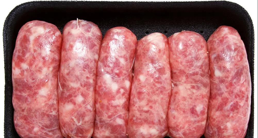 Consumidor potiguar encontra lâmina de aço em linguiça e será indenizado em R$ 5 mil