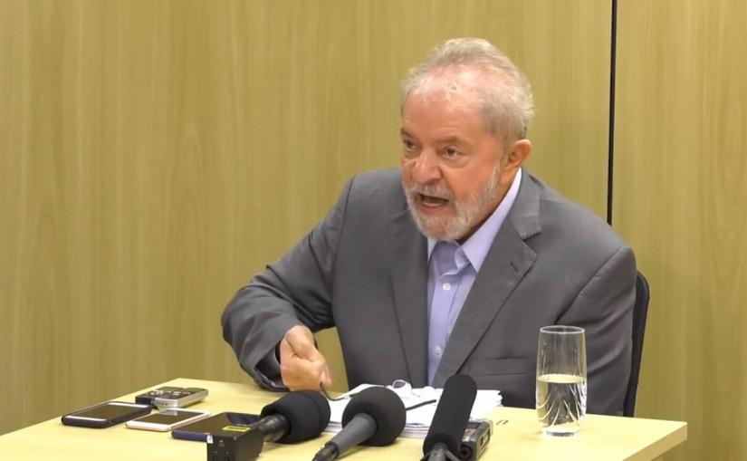 Juiz manda soltar ex-presidente Lula