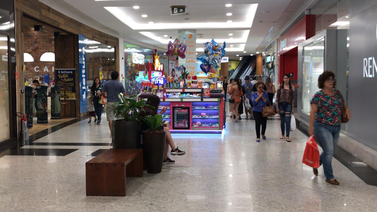 "Natal Shopping adere ao ""Dia Livre de Impostos"""
