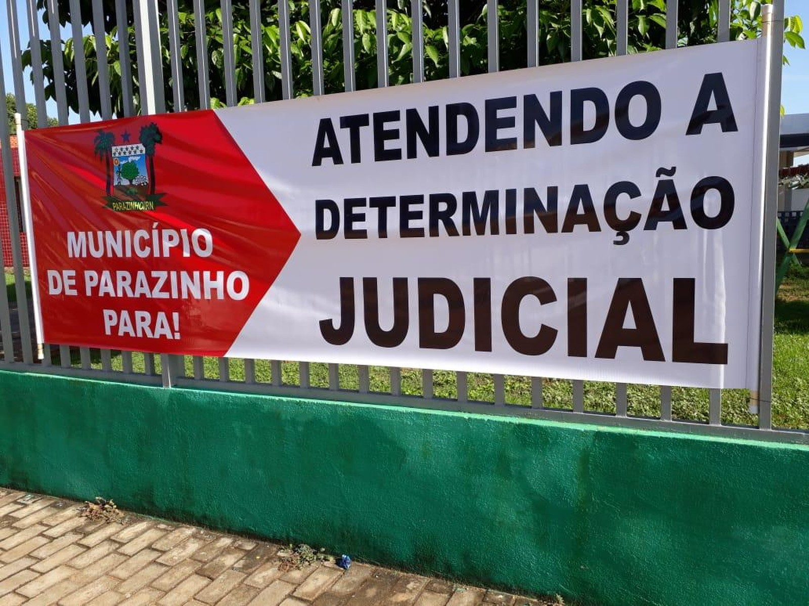 Parazinho: após demitir servidores temporários, prefeitura suspende serviços públicos