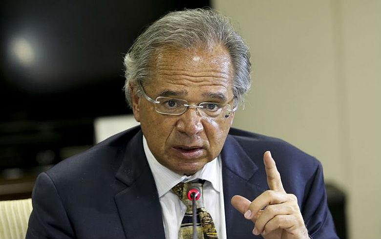 Paulo Guedes ameaça renunciar se reforma não for aprovada
