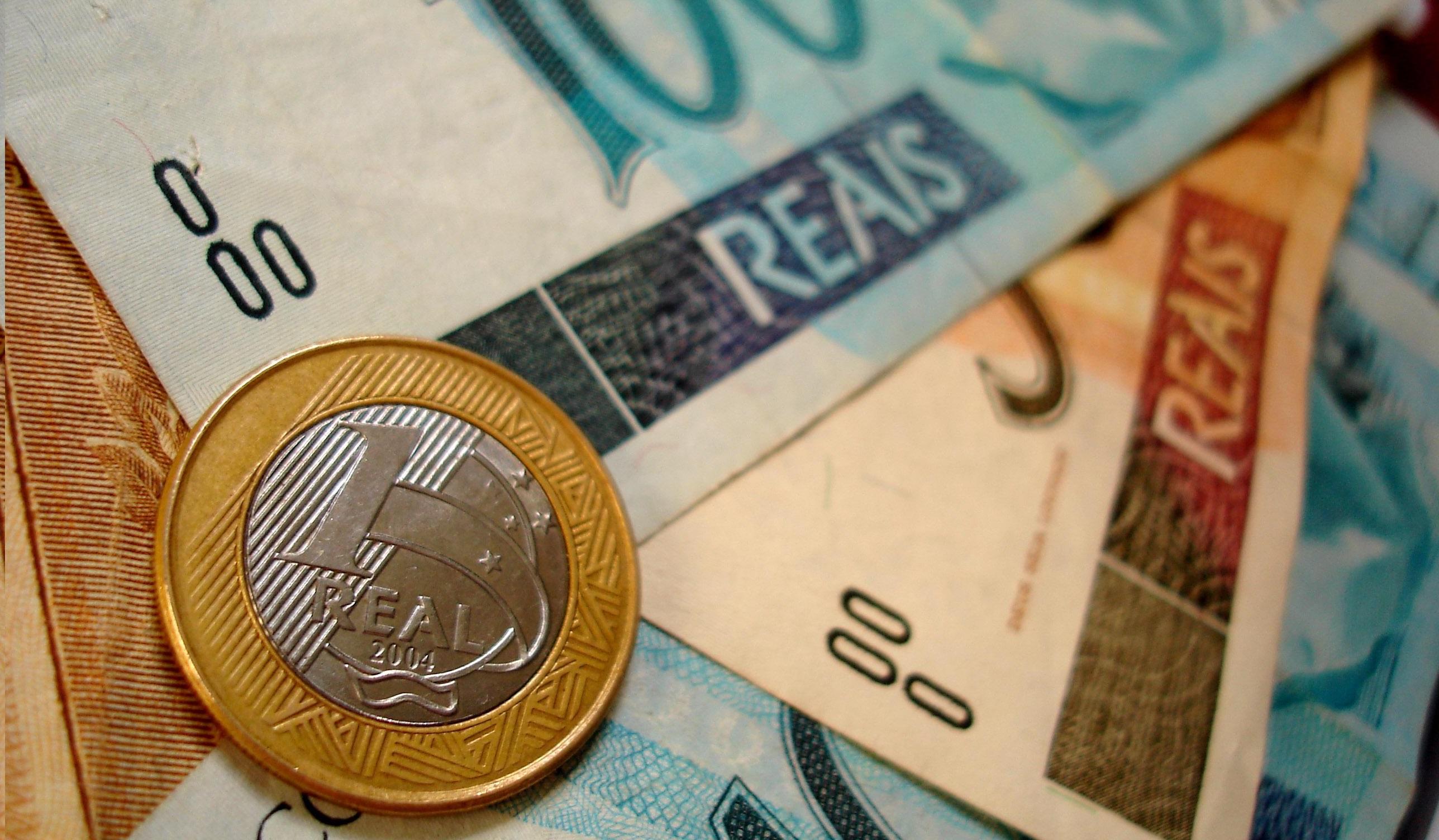 Reforma tributária é aprovada na CCJ e segue para comissão especial