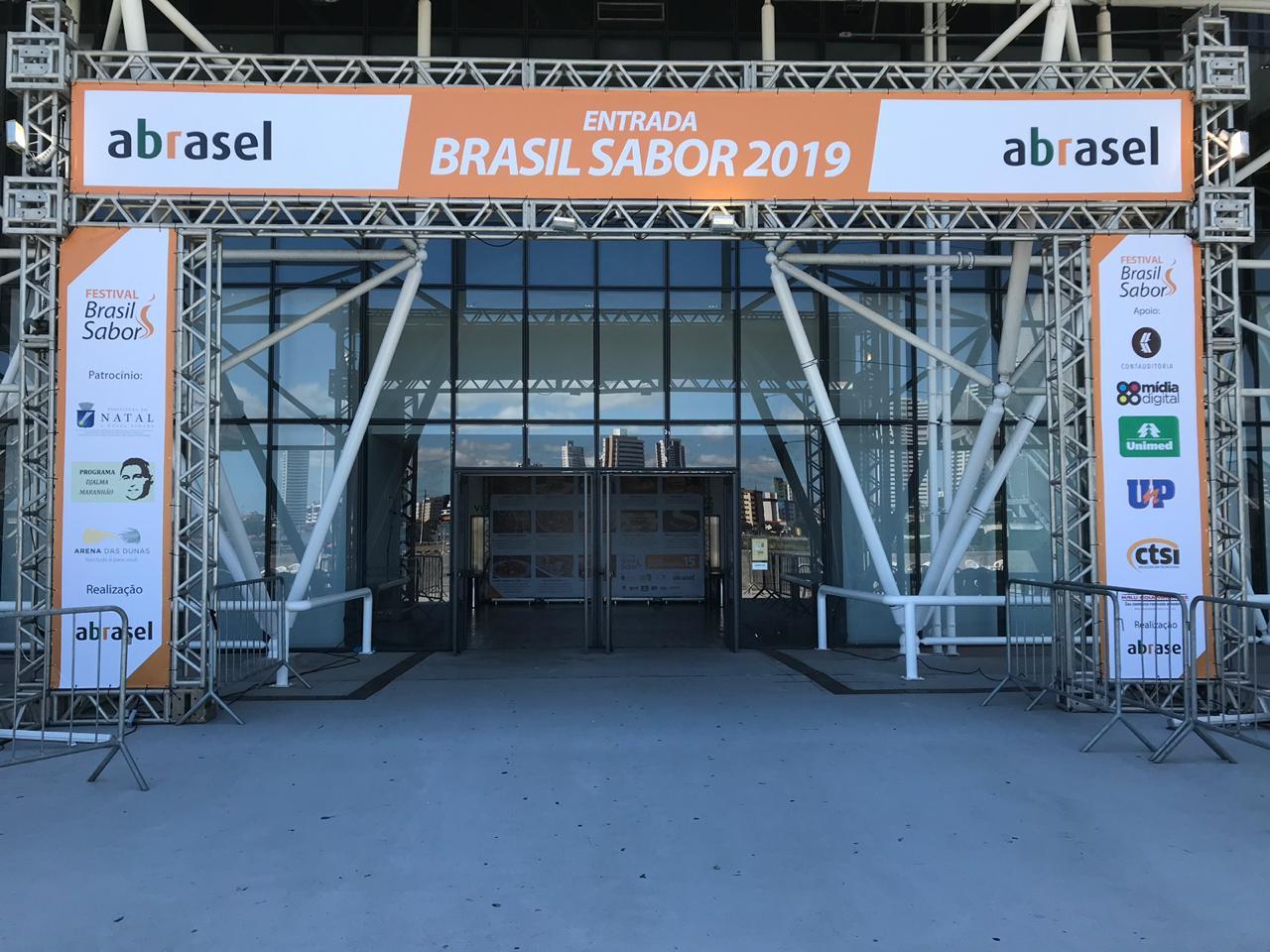 """Abrasel realiza """"Festival Brasil Sabor"""" na Arena das Dunas"""