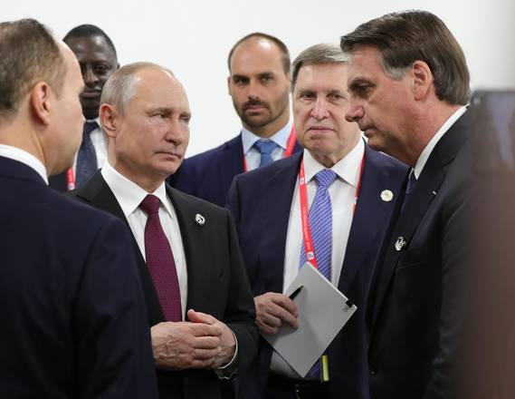 Bolsonaro recua sobre Venezuela para não polemizar com Putin