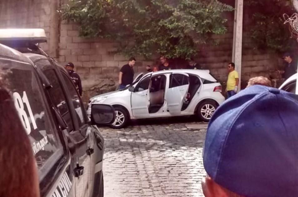 Polícia divulga imagens e procura suspeitos de homicídio cometido contra dirigente do ABC
