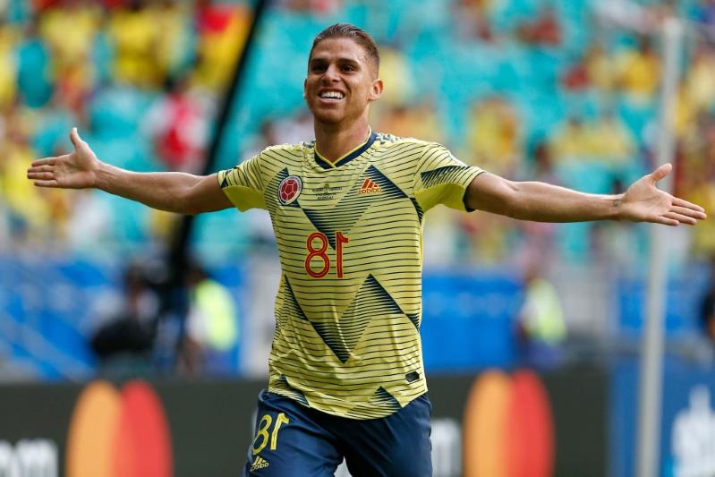 Colômbia vence Paraguai e garante 100% de aproveitamento na Copa América