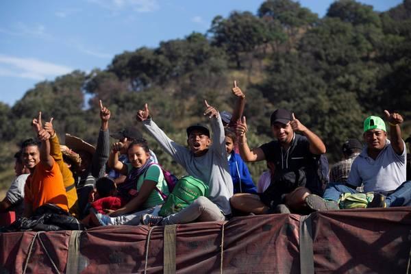 Governo dos EUA prepara megablitz contra imigrantes