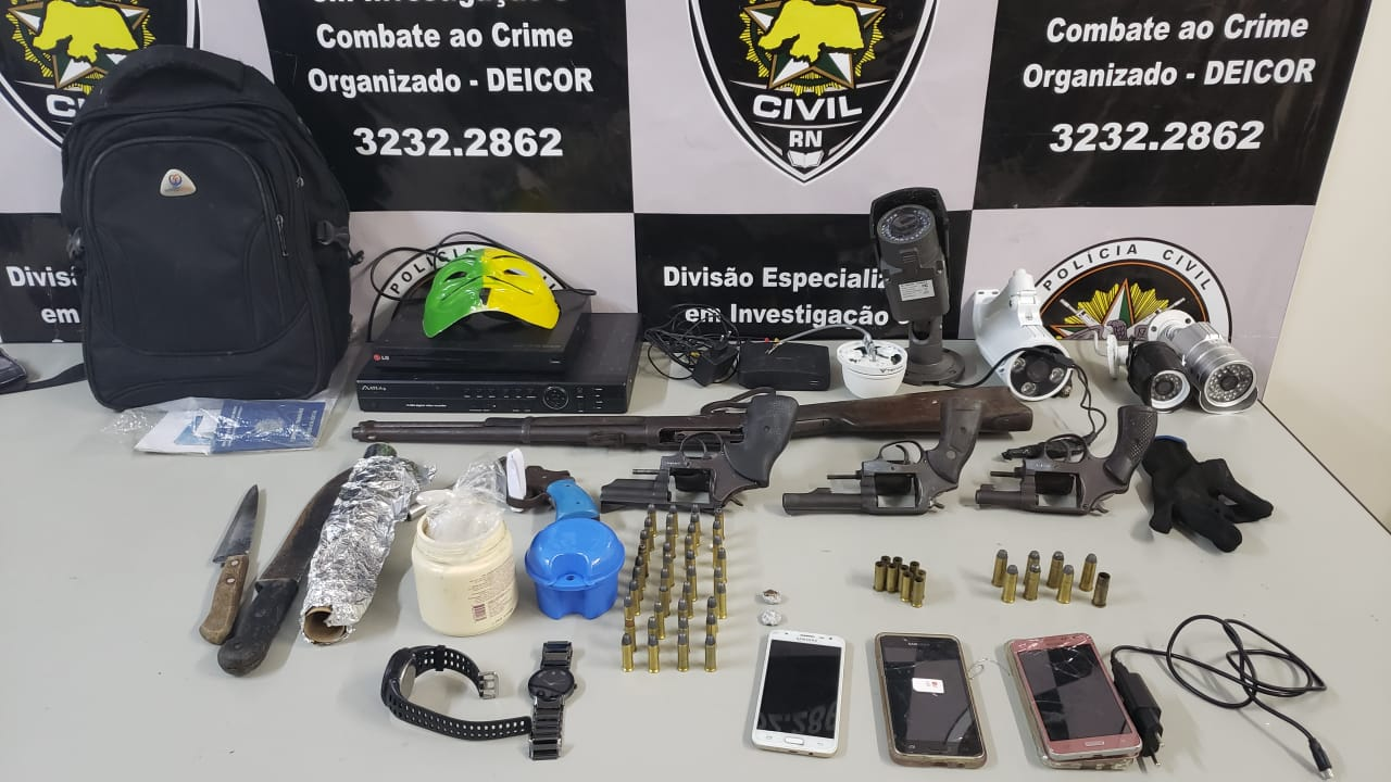 Quatro bandidos são baleados após confronto com a Polícia Civil em Macaíba
