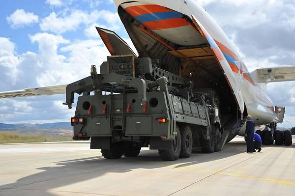 Turquia desafia EUA e anuncia chegada de mísseis russos