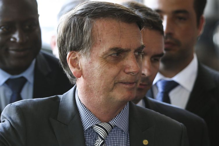 Bolsonaro sinaliza que defenderá o fim da multa de 40% sobre o FGTS