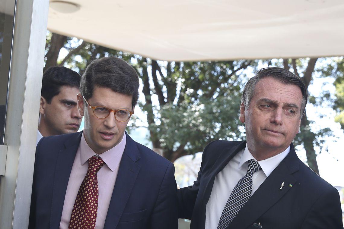 Maia é 'nosso general' para aprovar reforma da Previdência, diz Bolsonaro